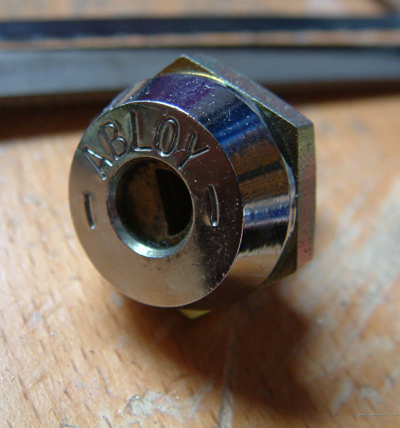 Нажмите на изображение для увеличения Название: abloy-camlock.jpg Просмотров: 7422 Размер:277.9 Кб ID:20510