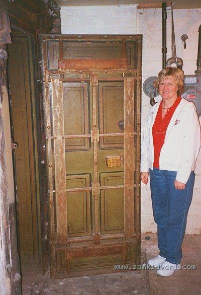 old vault door2