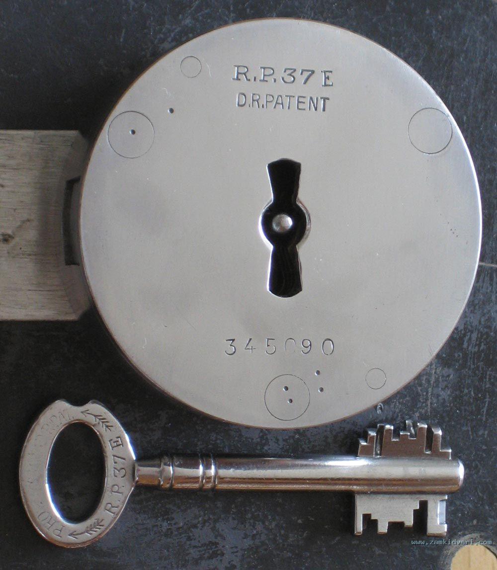 protector rp37e  4  closeup protector 937