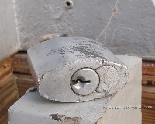 schlage padlock 1