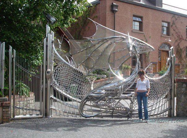 Фантастические ворота