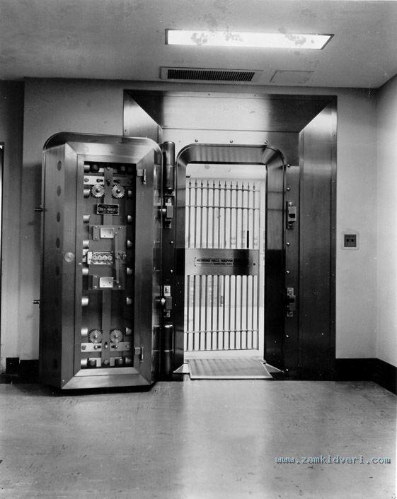 bankovskie dveri2
