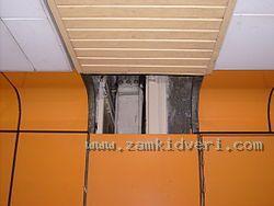 250px Subway Shelter Blast Door