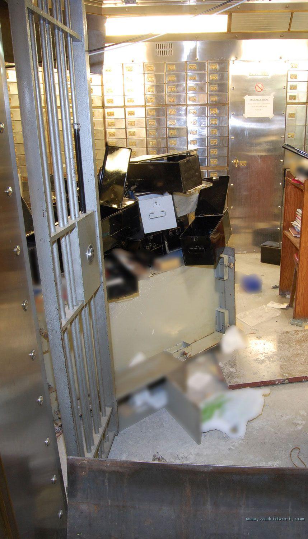 inside vault 3