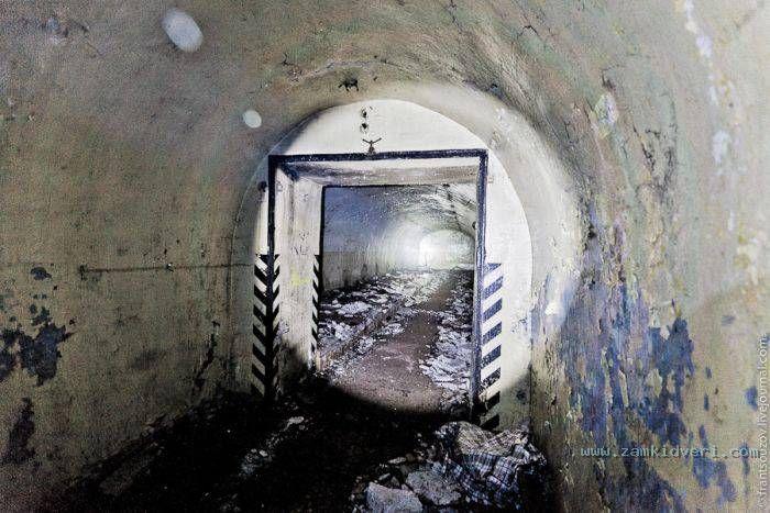 1318915601 bunker 07