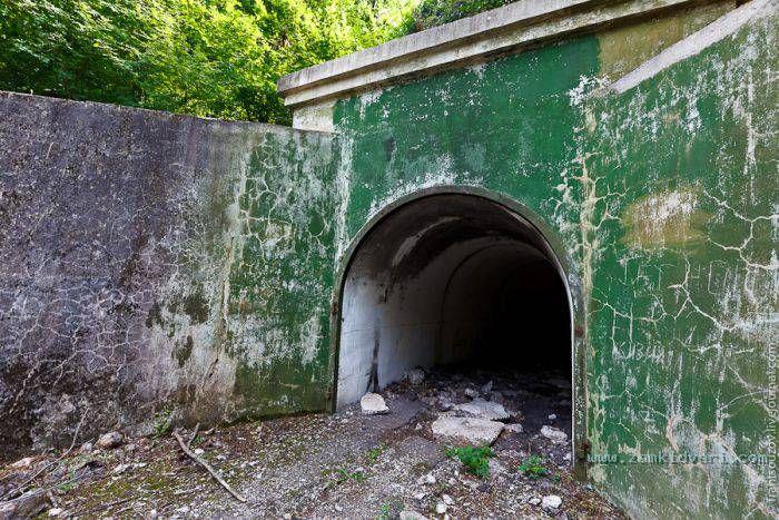 1318915545 bunker 03