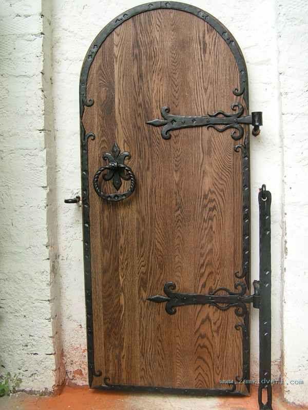 железные декоративные двери