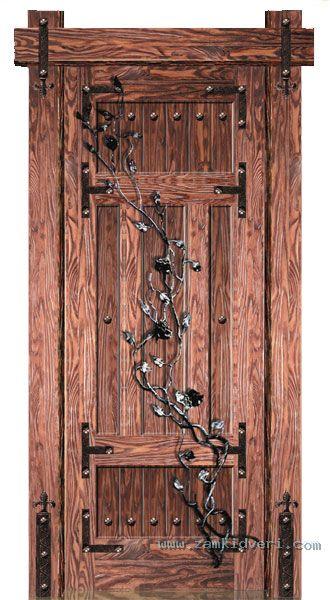 двери входные из массива сосны глухи