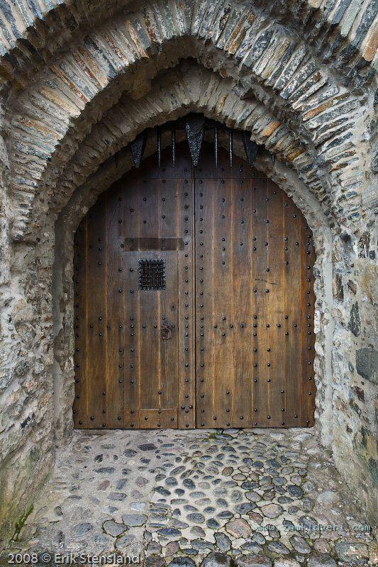 1246513296 castle entrance