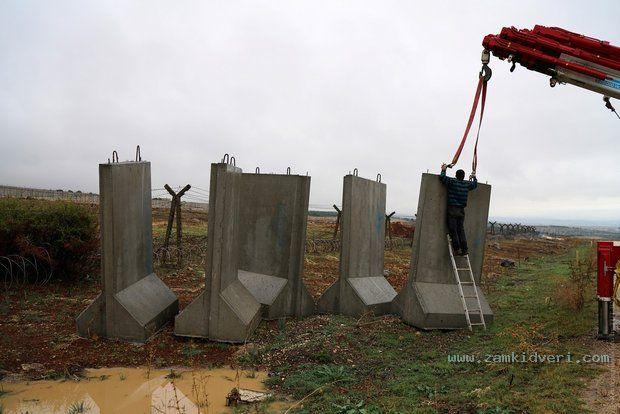 Конструкция крепкого ограждения на примере турецкой стены